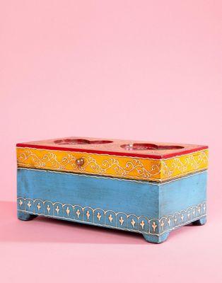 Bild 1 von Ian Snow – Holz-Box mit herzförmigen Ausschnitten