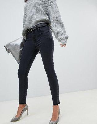 J Brand - Alana - Jeans cropped skinny nero slavato a vita alta con fondo grezzo