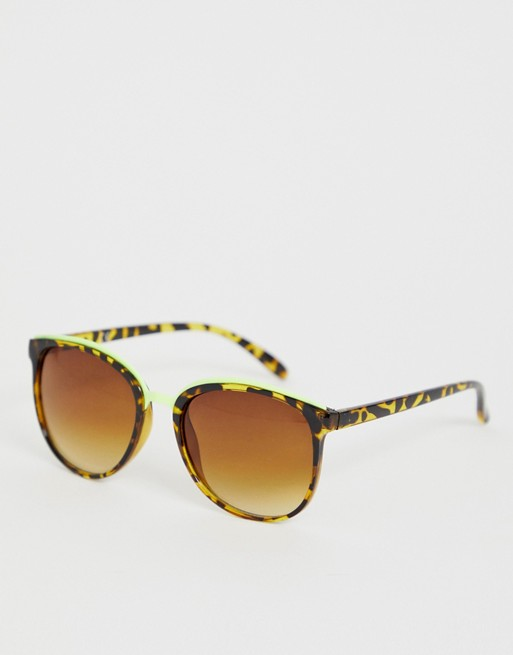 Image 1 of Jeepers Peepers classic square frame sunglasses in tort