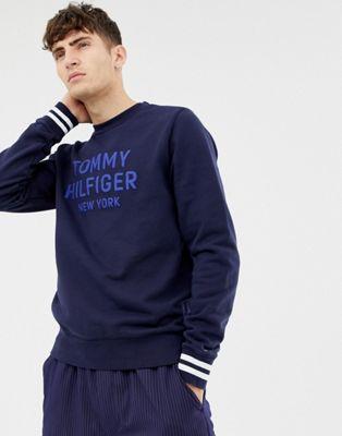 Jersey con bordes a rayas y cuello redondo de Tommy Hilfiger
