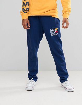 Joggers azules con logo náutico de Tommy Jeans