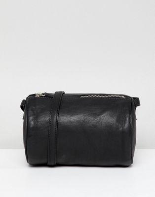 Кожаная сумка через плечо ASOS DESIGN