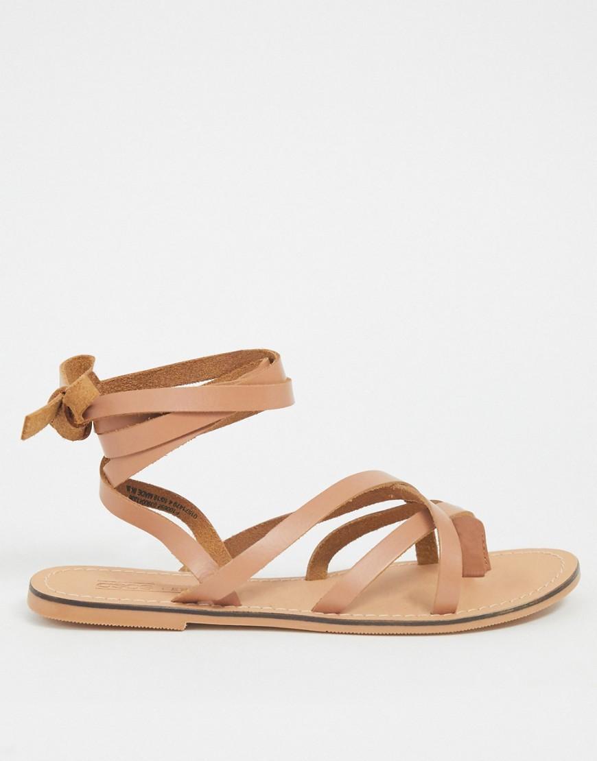 Кожаные сандалии с ремешками ASOS DESIGN-Светло-коричневый