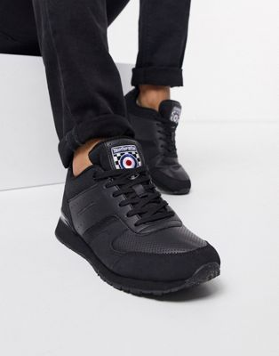 Lambretta runner trainer in black