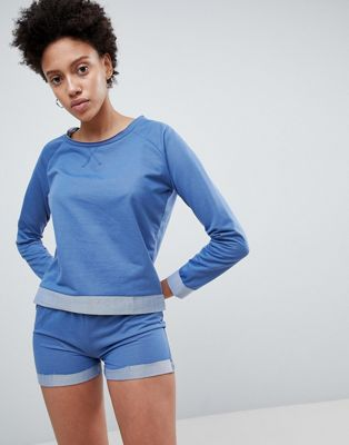 Lazy Days – Pyjamasset med sweatshirt och shorts
