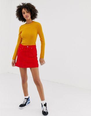 Levi's – Roter Minirock aus Cord