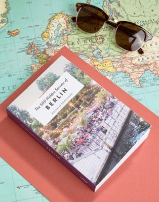 "Libro di viaggi ""The 500 Hidden Secrets Of Berlin"""