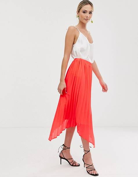 Liquorish midi skirt with pleated overlay in bright coral