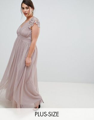 Little Mistress Plus All Over Lace Scallop Back Plunge Front Maxi Dress