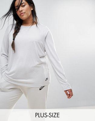 Лонгслив Nike Plus