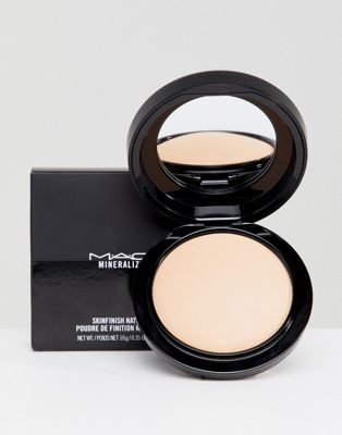 MAC Mineralize Natural Skinfinish