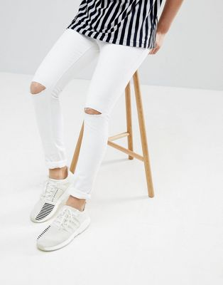 Mennace Super Skinny Jeans In White With Knee Rips