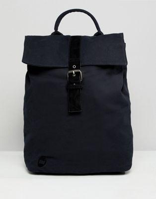 Mi-Pac - Svart ryggsäck i canvas med vikt topplock
