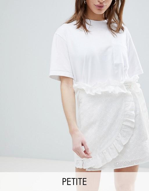 Мини-юбка с запахом и вышивкой ришелье Lost Ink Petite