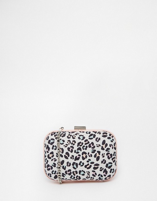 Miss KG - Hanna - Pochette rigide de forme ovale à imprimé léopard