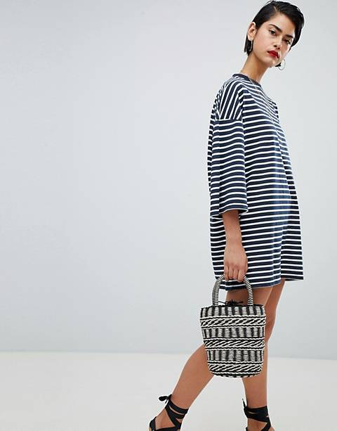 Missguided – Gestreiftes Oversize-T-Shirt-Kleid