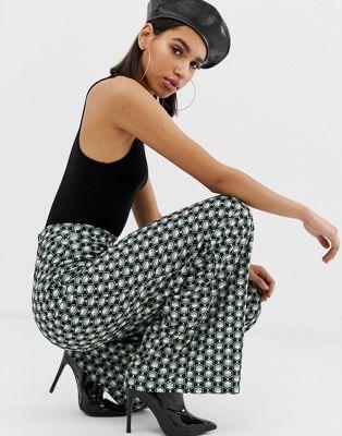 Missguided - Pantalon large à imprimé géométrique - Vert