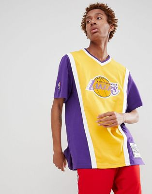 Mitchell & Ness NBA Lakers t-shirt in purple