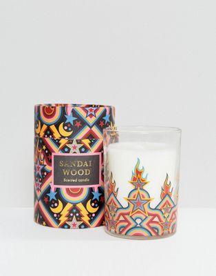 Monki - Bougie parfumée au bois de santal