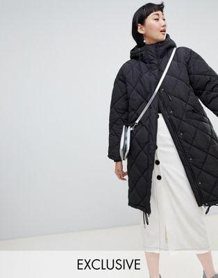 Monki - Cappotto leggero trapuntato nero con cappuccio