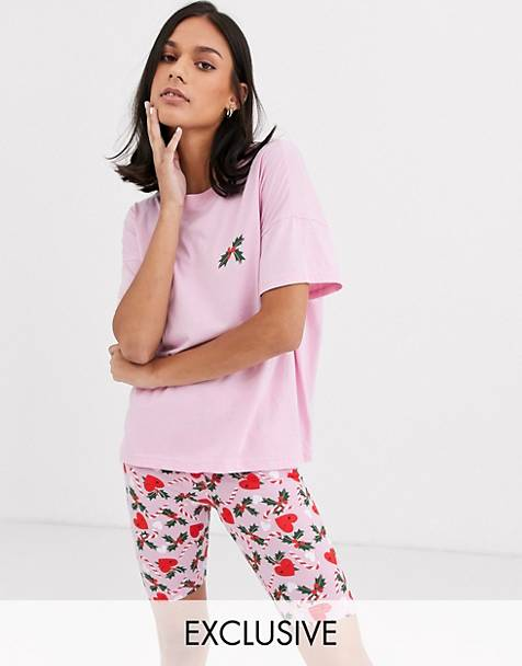 Monki Christmas holly print pyjama set in pink
