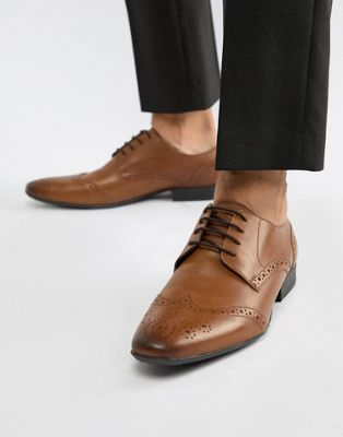 Moss London brogues in tan