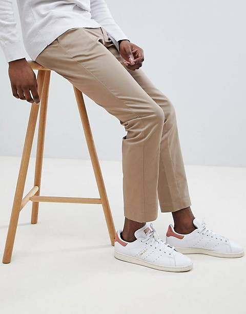 Moss London – Enge Stretch-Chinos in Sand