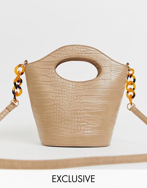 My Accessories - London - Sac seau à bandoulière en imitation croco avec bride en résine en exclusivité