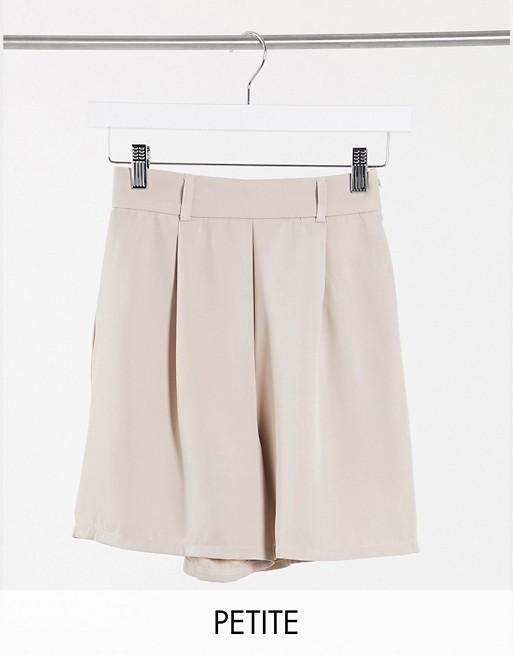 NaaNaa Petite bermuda suit shorts in beige