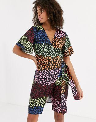Never Fully Dressed – Wickel-Minikleid mit kontrastierendem Leopardenprint-Mehrfarbig