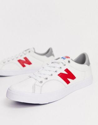 Bild 1 av New Balance – 210 – Vita sneakers