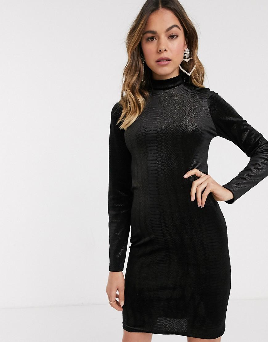 new look -  – Hochgeschlossenes Kleid aus schwarzem Struktursamt