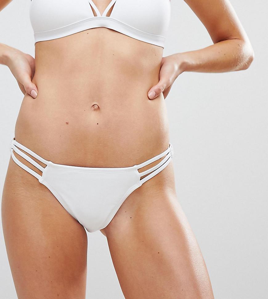 new look -  – Hüfthohe Bikinihose mit Ringverzierung-Weiß