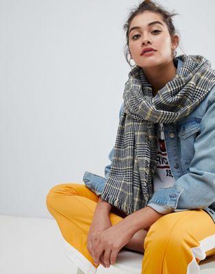 New Look – Karierter Schal