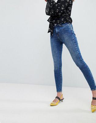 Afbeelding 1 van New Look - Lift and Shape - Jeans met blauwe spoeling