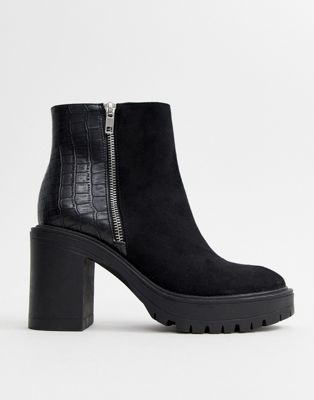 New Look mixed material chunky heeled boot in black