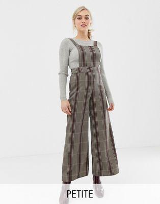 Bild 1 von New Look Petite – Jumpsuit in Grau kariert