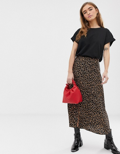 New Look Petite polka dot  midi skirt in black