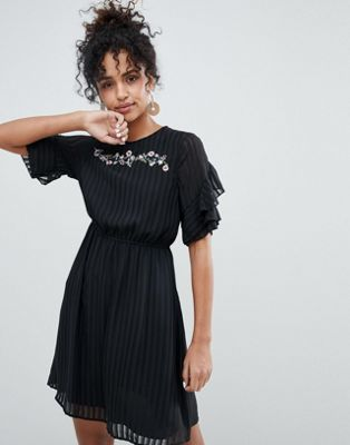 New Look Pleated Embroidery Ruffle Dress