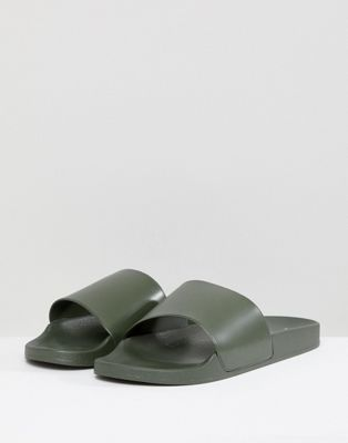 New Look Sliders In Dark Khaki