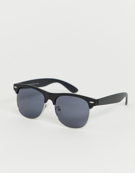 New Look – Sonnenbrille mit schwarzer Fassung