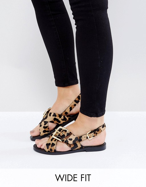 New Look Wide Fit Animal Buckle Detail Sandal