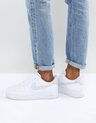 Nike Air Force 1 '07 Trainers In White And Grey