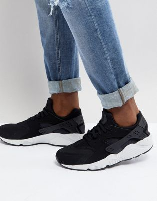 Nike Air Huarache Trainers In Black 318429-045