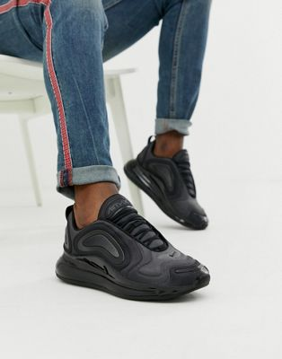grande vente f4997 ccce9 Nike Air Max 720 Trainers In Triple Black AO2924-004