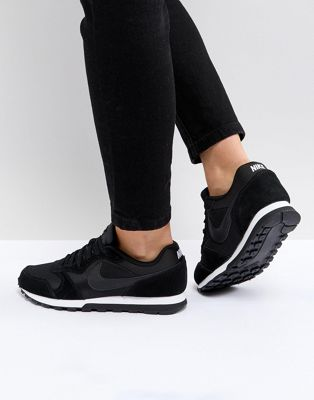 Nike Black & White MD Runner Trainers
