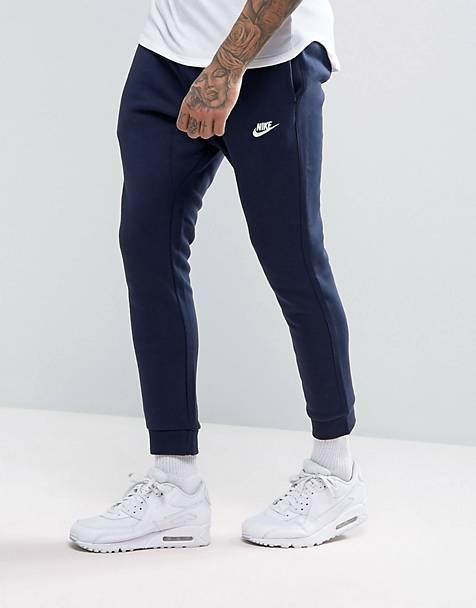 Nike - Club - Pantalon de jogging resserré aux chevilles - Bleu marine  804408-451 35435dae286
