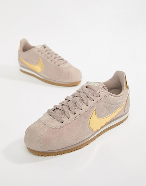 offer discounts fashion styles new cheap Nike – Cortez – Wildleder-Sneaker in Taupe mit goldenem Swoosh-Logo
