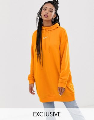 Nike - Exclusivité ASOS - Hoodie long - Orange