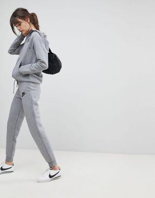 Nike - Rally - Pantalon de jogging slim - Gris